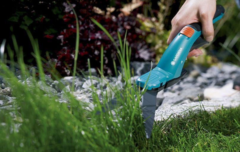 Sử dụng kéo cắt tỉa cỏ nào ?